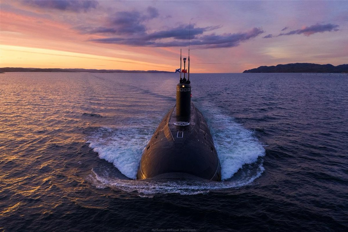 Море подводная лодка картинки