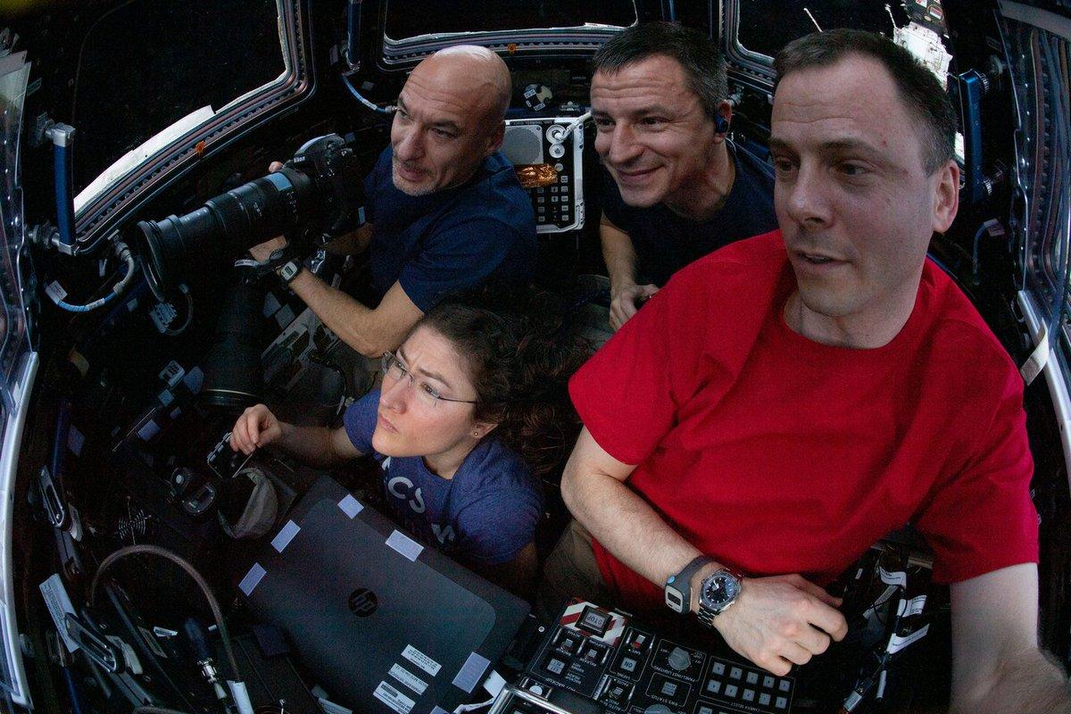 La Stazione Spaziale Internazionale EDtEhB8WwAAGf7E