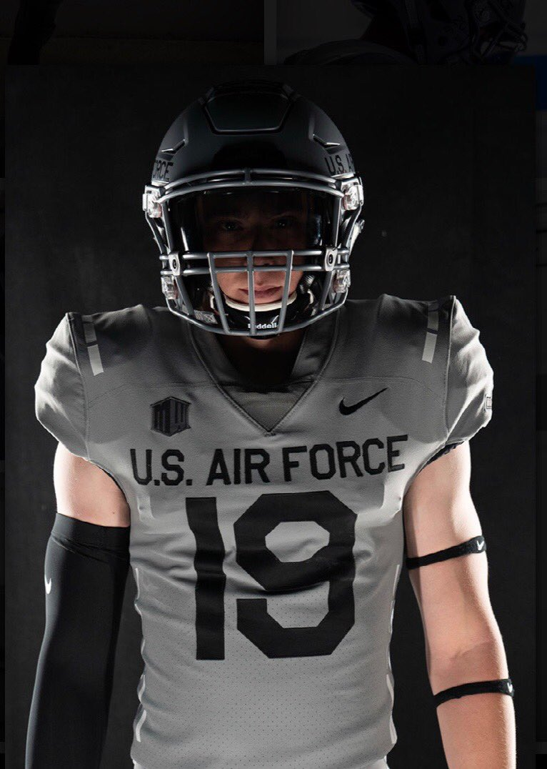 newest c4c4f a4b64 LOOK: Air Force unveils awesome alternate uniform honoring C ...