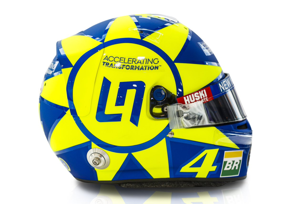 When in Italy, wear something a little @ValeYellow46 😉🇮🇹 #VR46 #LN4