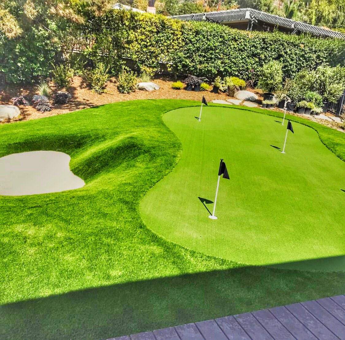 RT  RT  RT @Booneactionturf: BAT Synthetic Turf Putting Green and Sand Bunker Install Arcadia Ca. #synturf #syntheticturf #artificialturf #art…