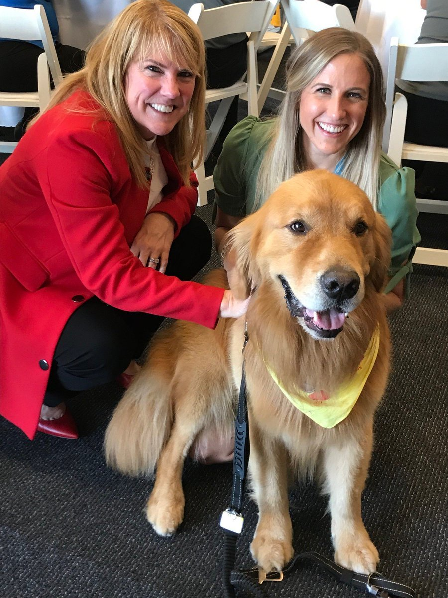 Meeting new friends in Pittsburgh - Lori, Laura and Sonny the Golden Retriever celebrating GOLD Safety Excellence! @weareunited