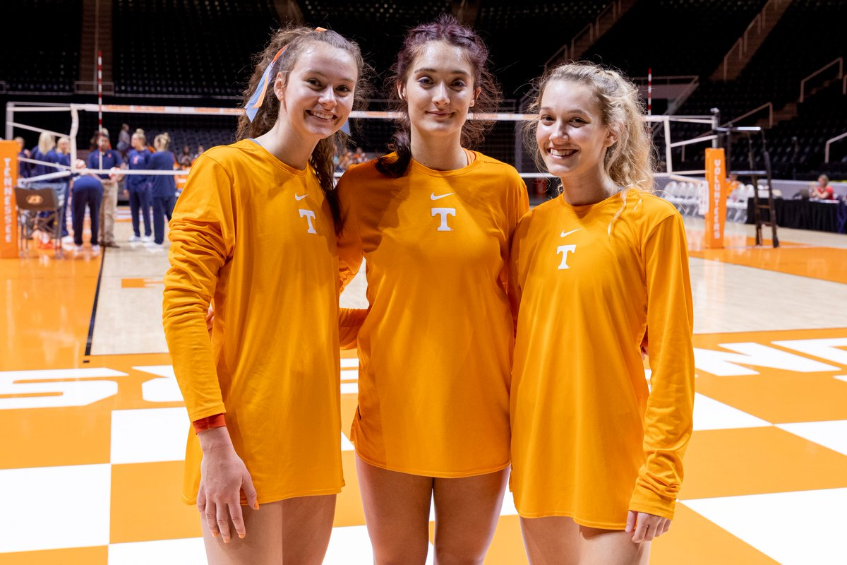 Tennessee Volleyball On Twitter I Think It S Truly Special At A Place Like Tennessee To Have Girls Who Grew Up True Lady Vol Fans Coach Rackham Https T Co 0dmag34mph Via Rpotkey