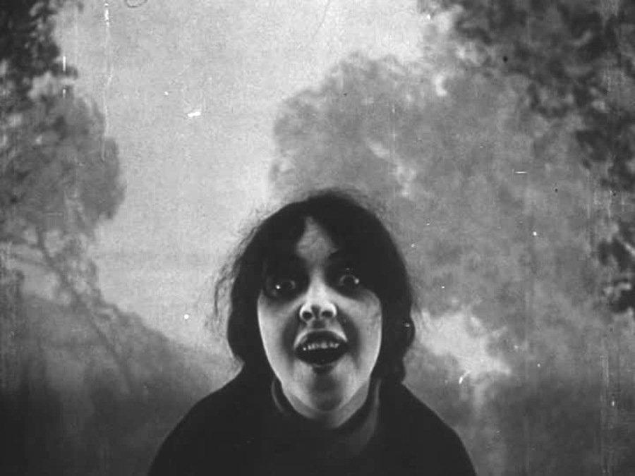 "Suspiria72 on Twitter: ""Les Vampires (1915) #avantgarde #vampire #cinema  #cult @Bertrom @ebruyldrm_16… """
