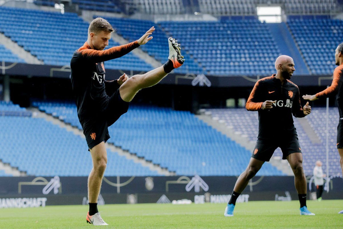 Last training session, ready for tomorrow 🙏🇳🇱 #Oranje https://t.co/3inbfmD1fI