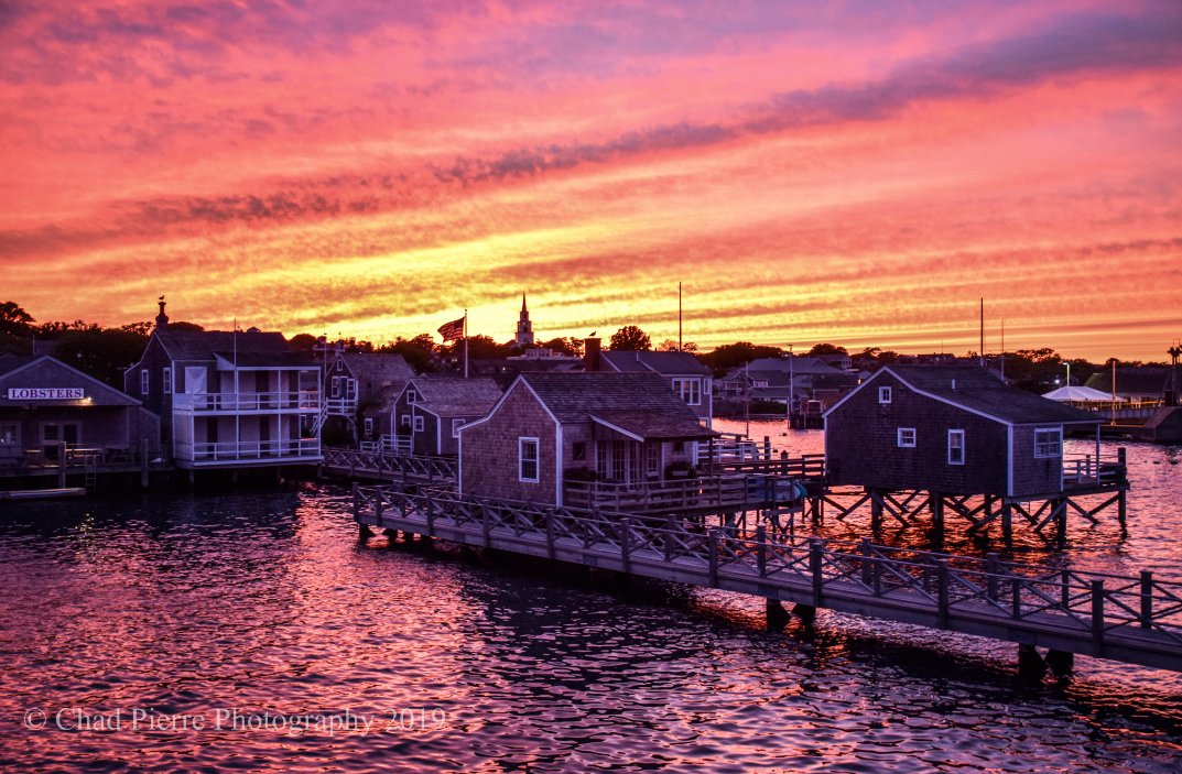 #Sunset on #Nantucket Island this evening.  Sept 5th 2019  #ACK #Nantucket #Wharf #Ferry #ChadPierrePhotography pic.twitter.com/F8OgWkIz2d