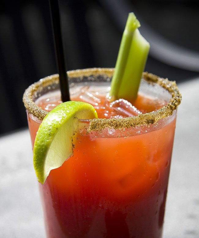 Missed connection in Toronto last night made vastly better by a Bloody Caesar.  You might have to be a Canadian to know about these. Damn good cocktail, eh. https://t.co/M8byxUpUb5