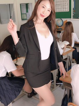 AV女優凛音とうかのTwitter自撮りエロ画像35
