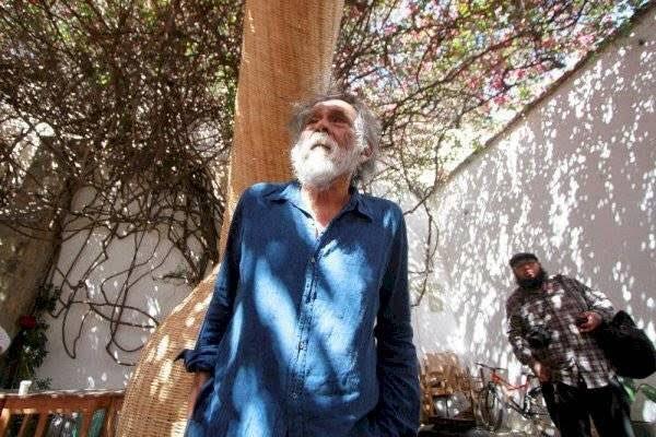 La partida del Maestro Francisco Toledo deja un profundo vacío en las artes plásticas pero nos queda su obra y el ejemplo de un luchador social enamorado de Oaxaca y de México.