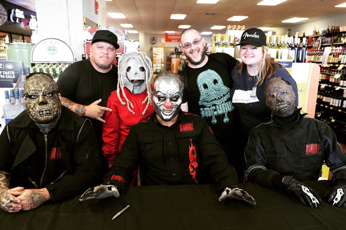 Members of #Slipknot will be in attendance at @slipknotwhiskey bottle signings today in Austin and tomorrow in Dallas. Limited quantities available. Starts at 2pm. 9/6 • Austin, TX • Specs Wines, Spirits & Finer Foods 9/7 • Dallas, TX • Specs Wines, Spirits & Finer Foods