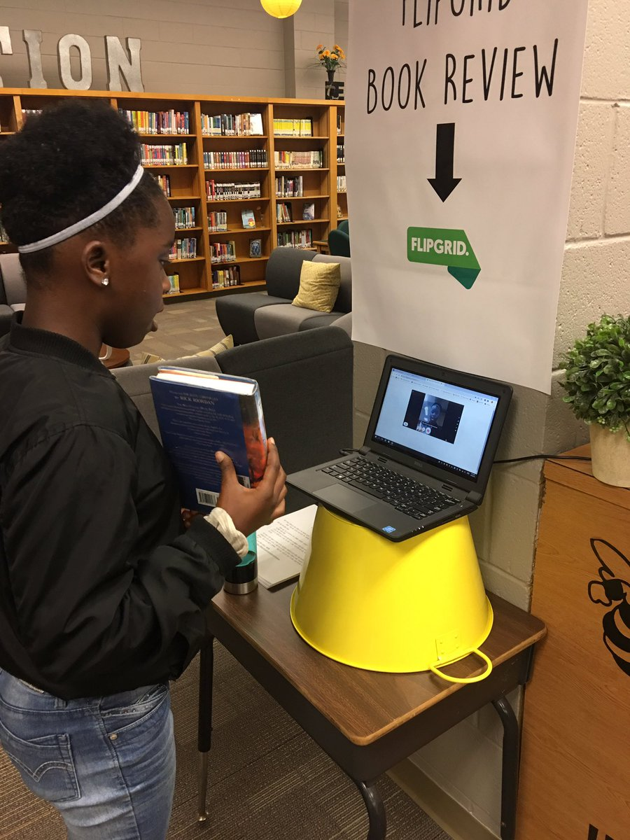 Our SMS students are loving making online book review videos with @Flipgrid #weloveflipgrid