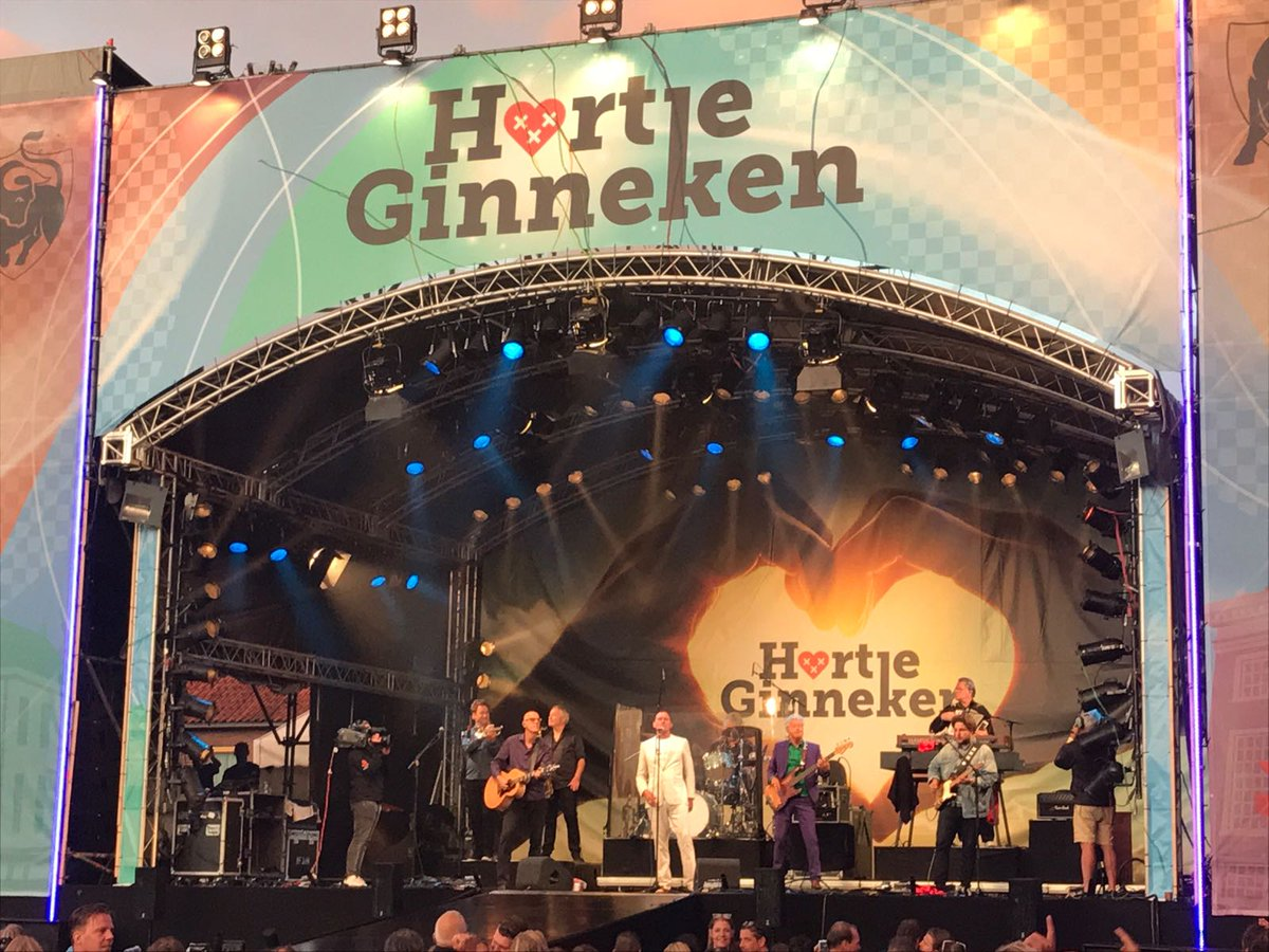 Za. 7 sept. 2019 is het #HartjeGinneken. Het #muziekfestival in 't #Ginneken in #Breda. #Optredens van #AndréHazes #VanDikHout #JeroenvanderBoom #RuthJacott, #XanderdeBuisonjé. Uitverkocht! Wellicht zijn er nog enkele #VIPtickets! 13.30-21u. Vanaf 18 jaar.
