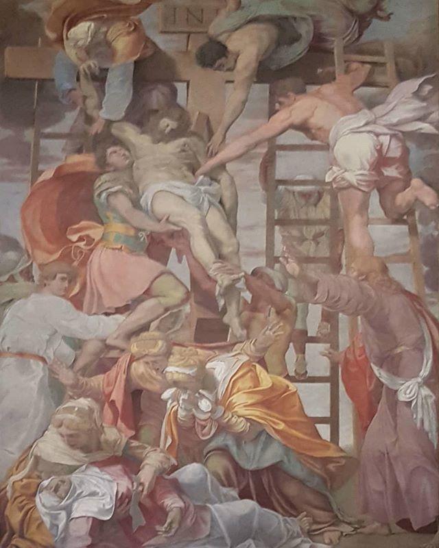 #DanieleDaVolterra #DescentFromTheCross #fresco #TrinitaDeiMonti #Rome https://t.co/QrEne4n5lc