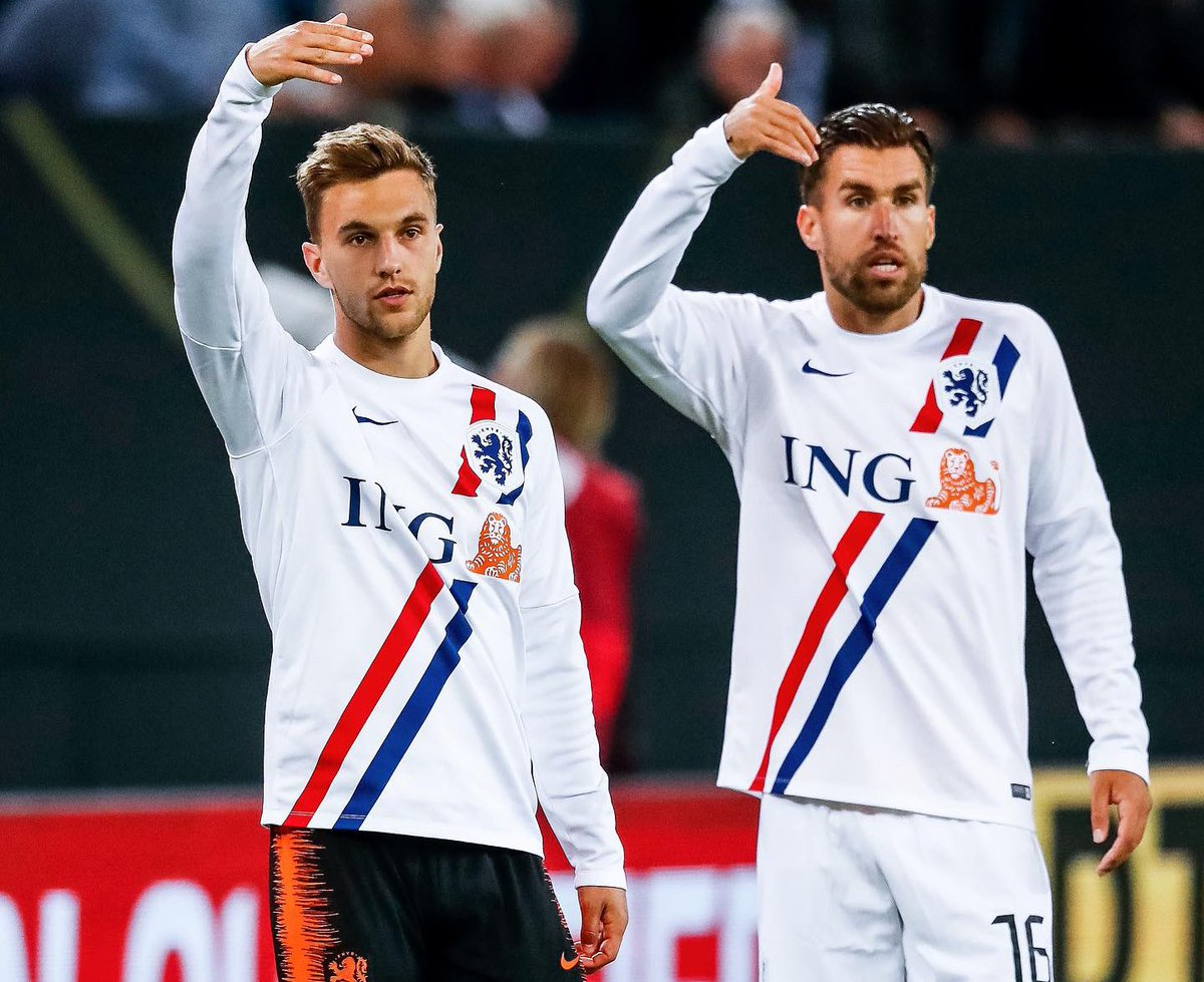 """""""Come on guys, bring in the victory"""" 😉🇳🇱 Proud of the team!! #DutchLions #Oranje https://t.co/TIAdYgCD5H"""