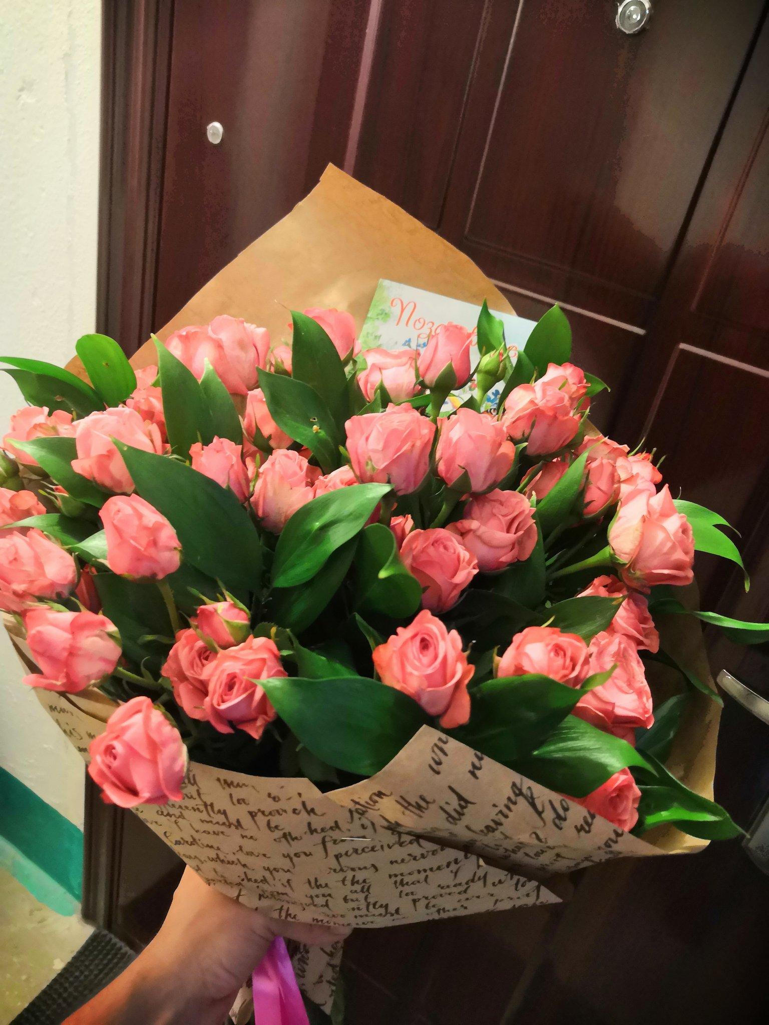 Букеты цветов, доставка цветов волгоградская