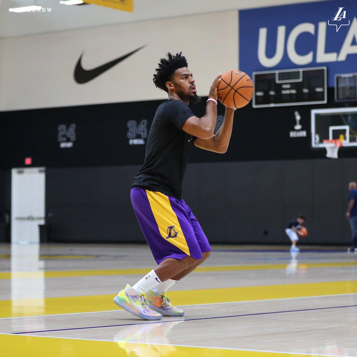 Cookin' up 😈 #LakeShow