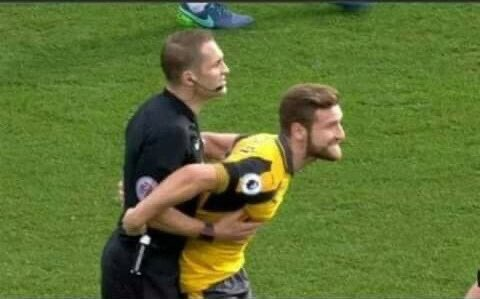 Throwback to when Mustafi once man marked the referee.  <br>http://pic.twitter.com/sdEzfI15Am