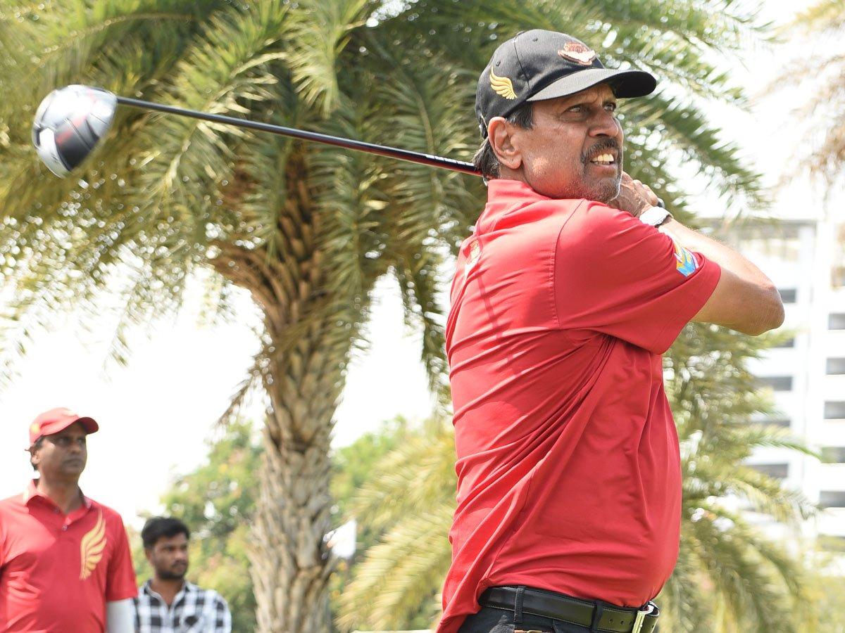 #kapildevकपिल देव का क्रिकेट के बाद गोल्फ में धमाल, जीता खास खिताब http://nbt.in/o-X2Ga/kcf via @NavbharatTimes