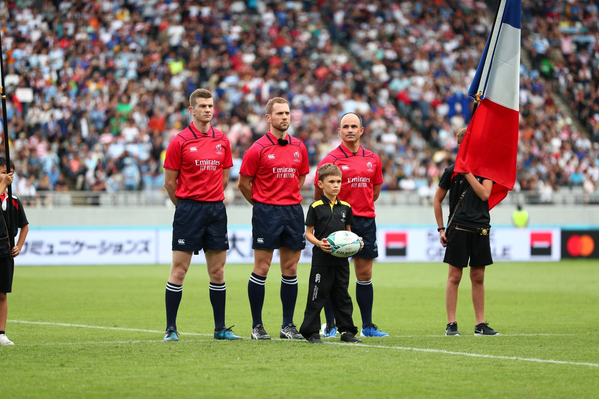 🏉Elliot Mercier delivering the official match ball for #FRAvARG! 🏉 #DHLRugby #RWC2019