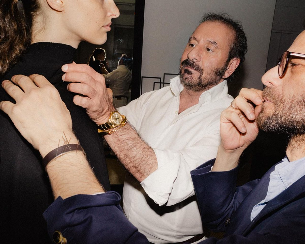 Ralph Rucci returns to haute couture (with a $27,000 silk raincoat): on.wsj.com/30vovsh
