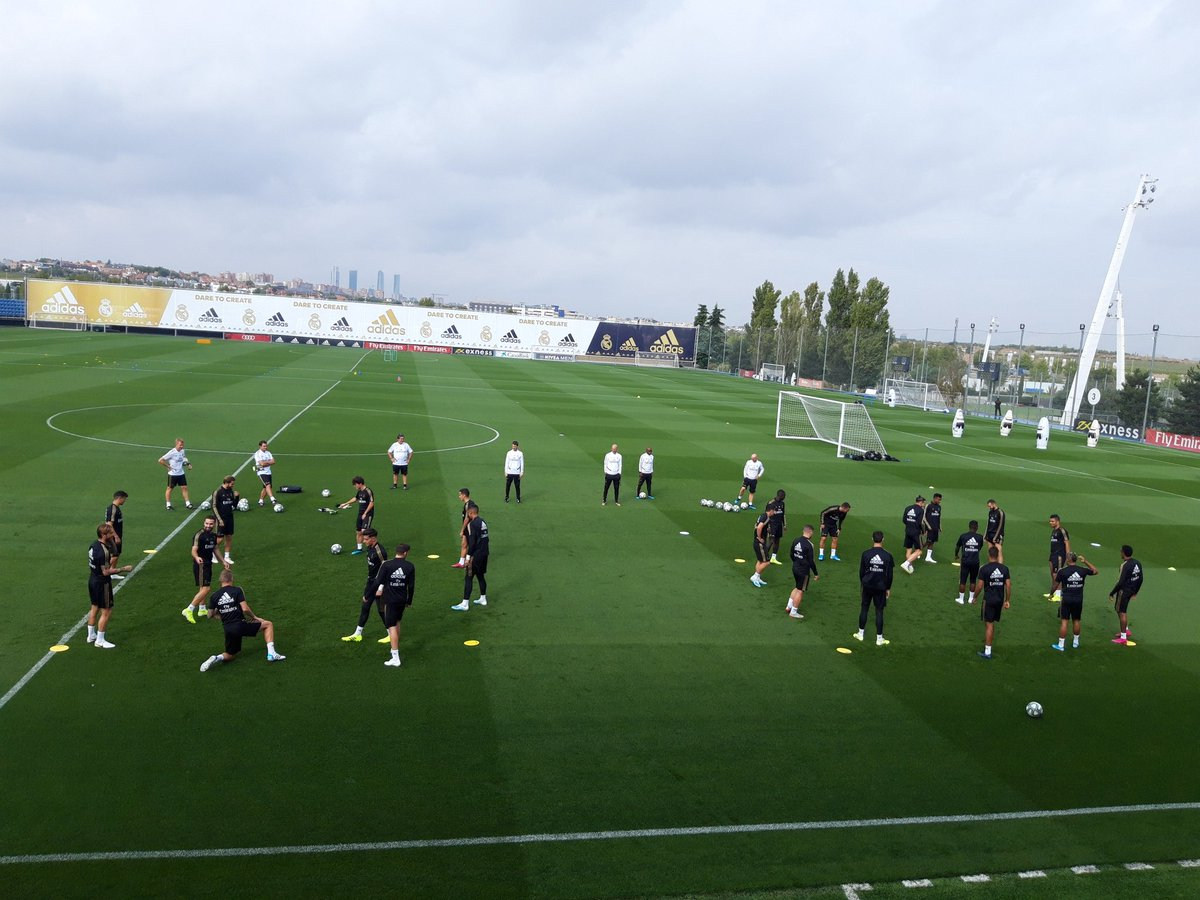 RT @miguelitocope: Entrenamiento del Real Madrid en Valdebebas. Ausentes Marcelo, Modric e Isco. https://t.co/BP59f2JI7s