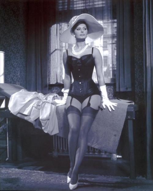 Happy 85th birthday  Sophia Loren - 1960s