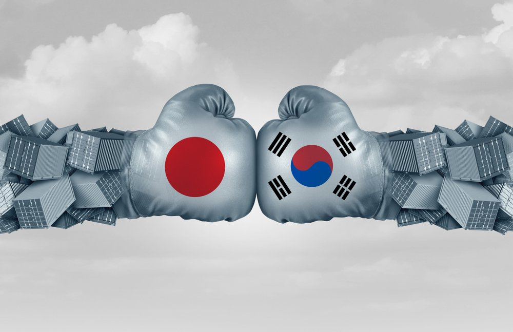 📱❌ The other #tradewar is another #tech #nightmare ❌📱  The escalating dispute between #Japan and #SouthKorea is another major #trade headache – particularly for the world's manufacturers of #mobile #phones. Read more on our website 👉 http://bit.ly/2mgHMz3   #WTO #smartphone