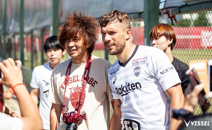Lukas-Podolski.com @Podolski10