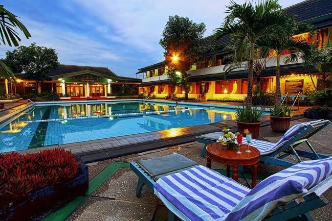 Image, Hotel Artsy Bergaya Etnik di Solo
