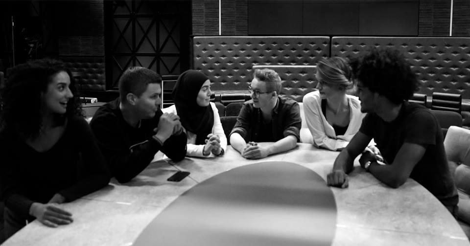 Op 30 november is het zo ver! Dan start de 5de ronde van Het Brede Netwerk. Wil jij deelnemen aan onze kosteloze masterclasses en workshops? Meld je dan voor 1 november aan via deze link: https://t.co/vuRuBteZBT #verspers #inalab #mediatopper #diversiteitwerkt https://t.co/u9hii5iE6G