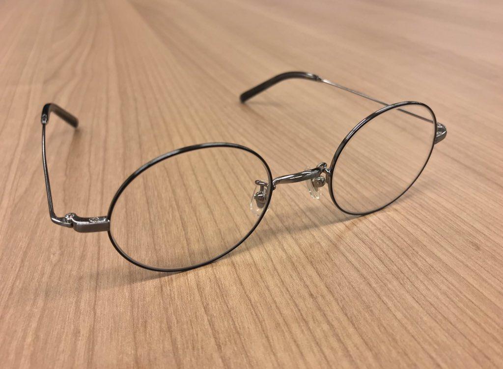 意外と吉沢ってメガネをかける役が多い気がします👓明日NEWメガネくんがチラ見えするかも⁈お楽しみに✨