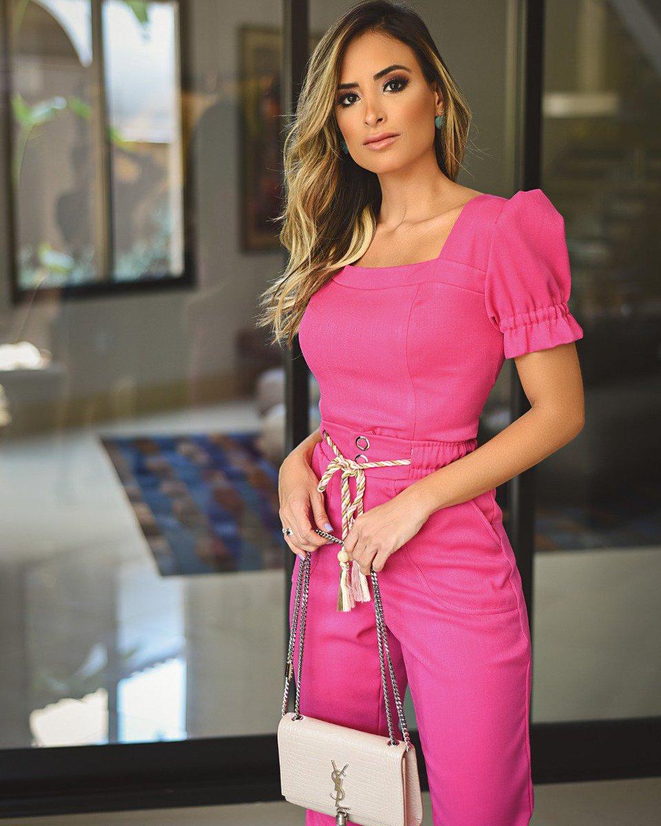 Pink 💖💖look monocromático é sucesso garantido ✨...#novidades #lancamento #usedonaflor #donaflor #atacado #varejo #varejoatacado #vestuariofeminino #modafeminina #trend #trendalert #musthave #roupas #colecaotodaflor #coleçãotodaflor #primaveraverao2020