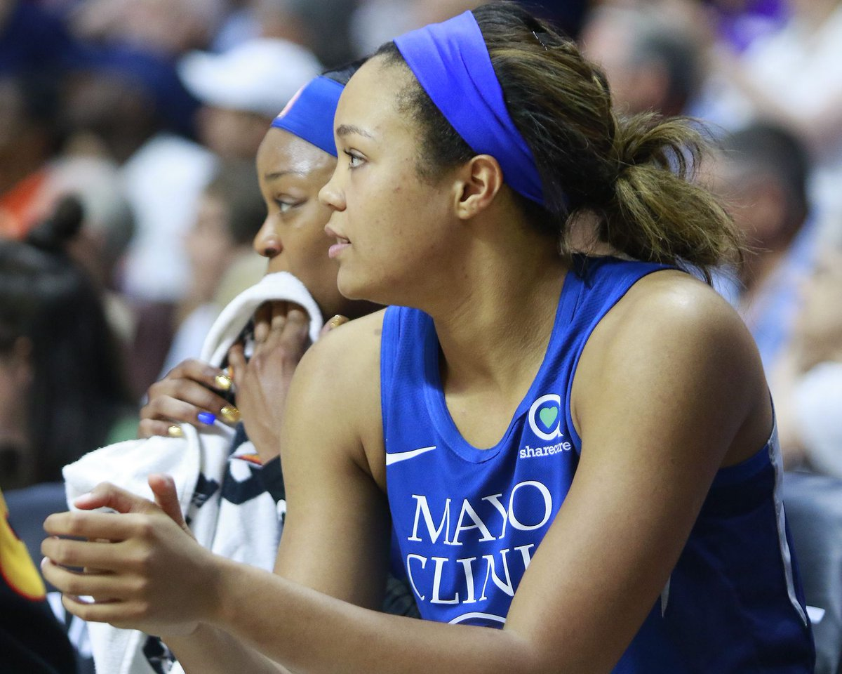 Anatomy of the Rookie of the Year: A look at what set Napheesa Collier's apart in her first #WNBA season https://www.theuconnblog.com/2019/9/19/20873392/uconn-huskies-womens-basketball-in-the-wnba-a-look-back-at-napheesa-colliers-rookie-of-the-year?utm_campaign=theuconnblog&utm_content=chorus&utm_medium=social&utm_source=twitter…