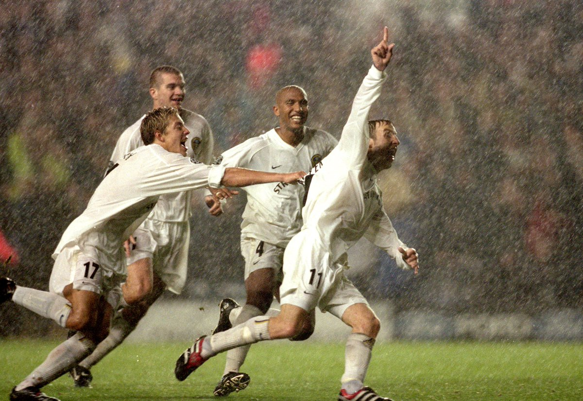 ⚪️🏆 #OnThisDay in 2000, Leeds Utd stunned AC Milan with a 1-0 win at Elland Road Brazils Dida handed Leeds the goal after fumbling Lee Bowyers shot from 30 yards! #LUFC
