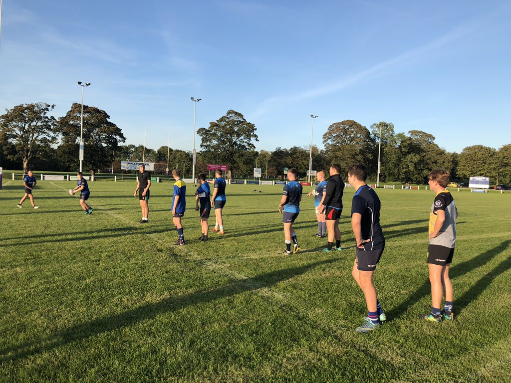 test Twitter Media - U14 warming up with some 1st XV @MaccRUFC #oneclub https://t.co/WqAbh9o7Ui