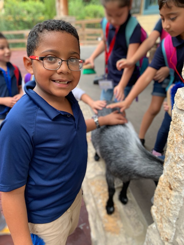 @GlenParkElem 1st graders are LOVING their time @FortWorthZoo today! @FortWorthISD