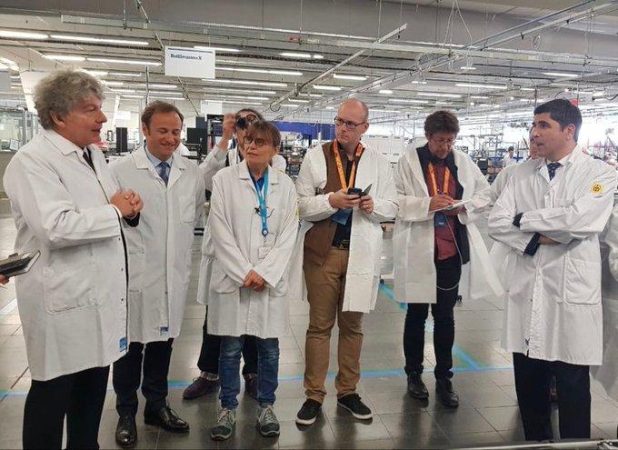 🔴 Aujourd'hui, @ThierryBreton, Vincent Sarracanie et @P_barnabe visitent l'#usine 🏭 At...
