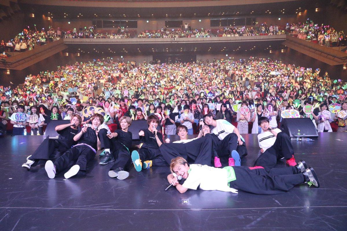 ホールツアー大阪公演ありがとうございました!!ヘロヘロだ…皆んなが良い顔してたからめちゃめちゃ声出すからこんなにくたびれてるんだ…この野郎!最高です!ありがとう!🤤#ボイメン #ホールツアー