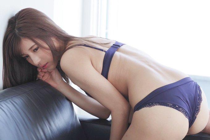 グラビアアイドル夏本あさみのTwitter自撮りエロ画像35