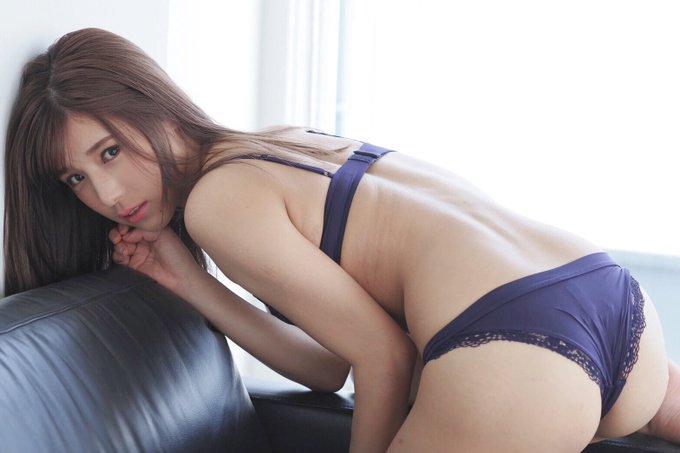 グラビアアイドル夏本あさみのTwitter自撮りエロ画像36