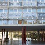 Image for the Tweet beginning: Les lycées français d'Espagne recrutent