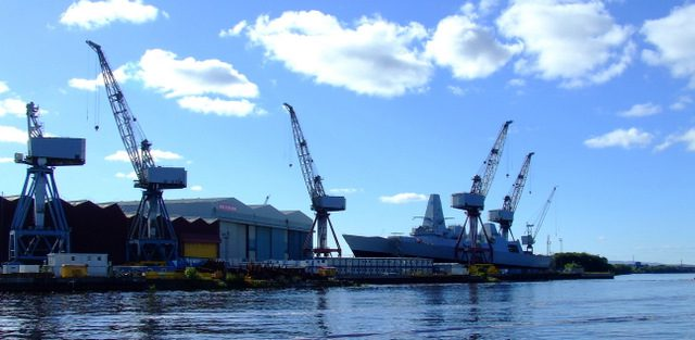 Would BAE and the MoD continue their shipbuilding activities in an independent Scotland? ow.ly/H4It50uVvco