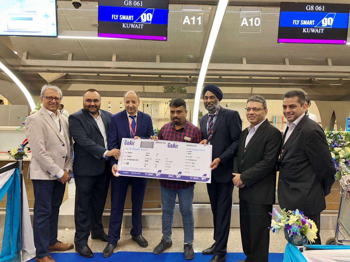 Welcoming our first Smart Flyer, Mr.Hasaraf Chathoth for our maiden flight from #Kannur to #Kuwait. ✈️