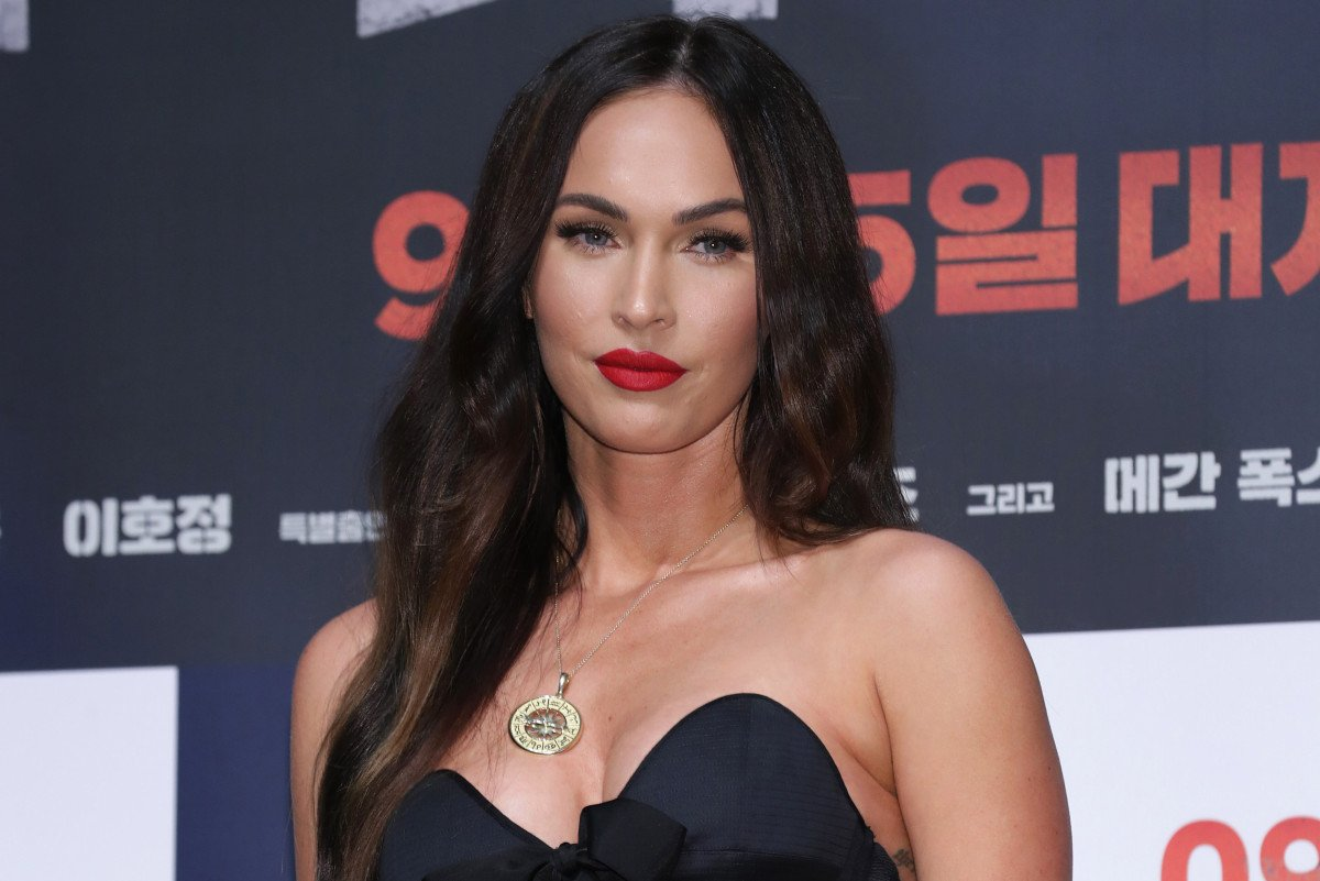 RT @PageSix: Megan Fox suffered 'psychological breakdown' from being hypersexualized https://t.co/gPaOtEyNaB https://t.co/v8uBARNIXS