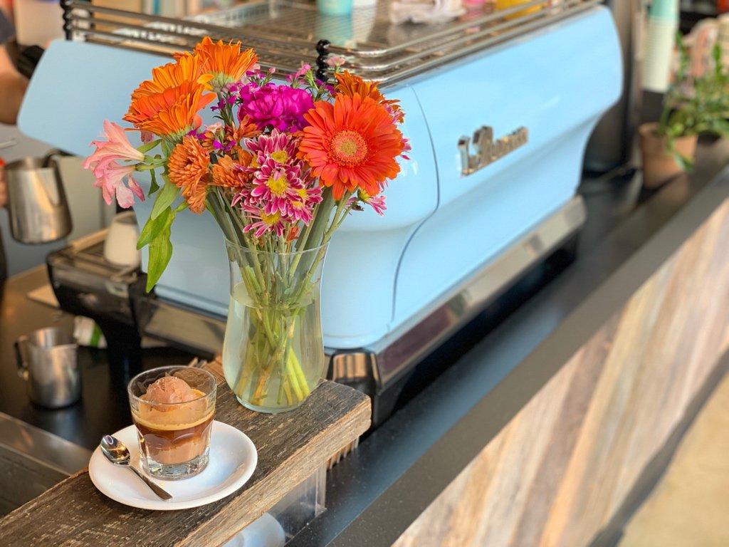 Philly! Join us at our 3200 Chestnut Street café for $5 @LittleBabysIC affogatos, featuring Joe espresso + either plain cream or vegan chocolate salt malt ice cream! While supplies last! #drexelwelcomeweek #drexelu
