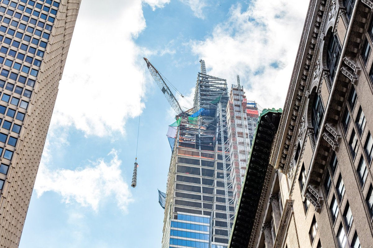 #TBT to yesterdays remarkable topping out of @one_vanderbilt. Up we go... (Credit: Max Touhey)