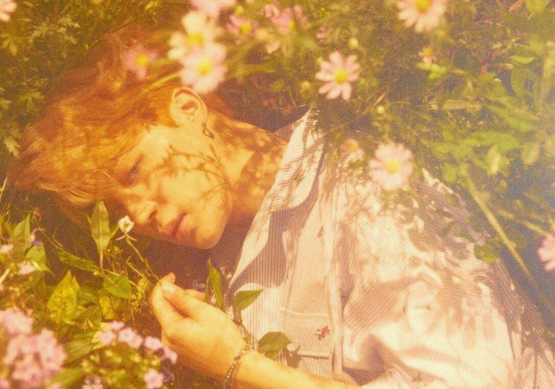 Sleeping fairy.。.:*゚:*:✿ @BTS_twt<br>http://pic.twitter.com/wyDtxYcbaR