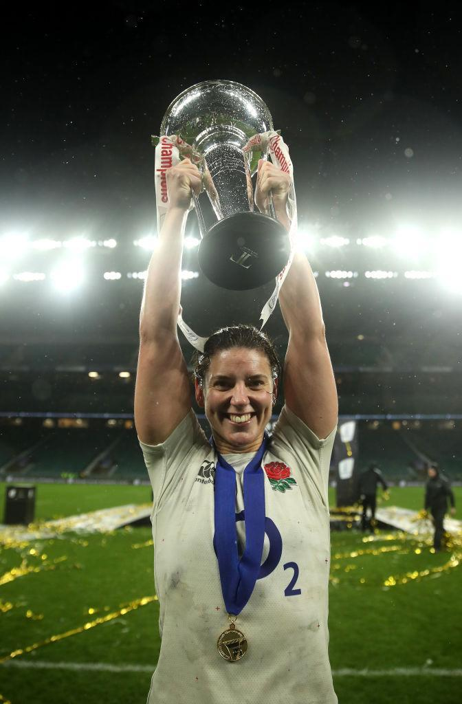 test Twitter Media - Happy birthday to #RedRoses skipper @sarah_hunter8 🌹 https://t.co/PEAuHX9GLg