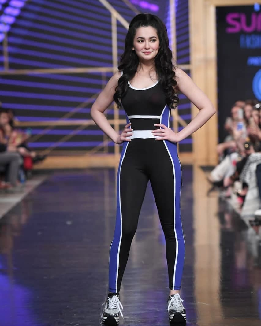 Throwback #haniaamir show stopper for #nomiAnsari #actress #celebrity #pictureofpakistan #tvkahani<br>http://pic.twitter.com/CUFAxjqvor