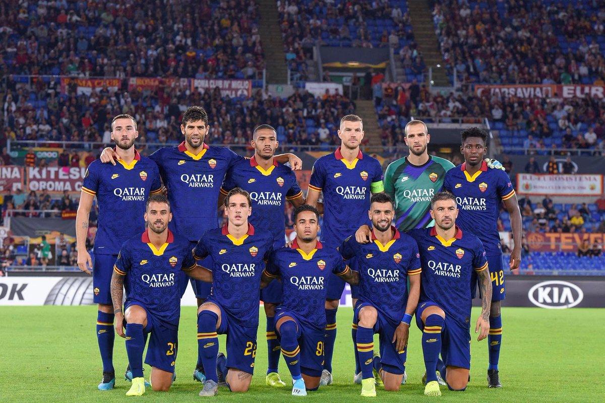 La tercera equipación de AS Roma para la temporada 2019/20. BELLEZA.